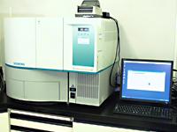 微生物分析装置の写真